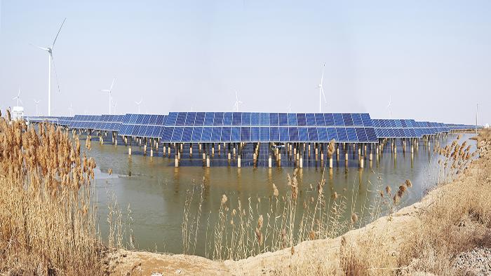 江苏响水120兆瓦渔光互补项目